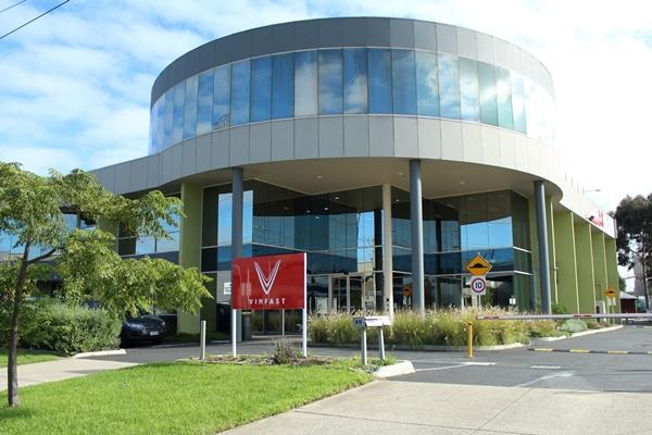 VinFast Australia sở hữu vị trí đắc địa, tọa lạc cạnh Trung tâm tài chính và kinh tế của Melbourne, gần Đại học Monash