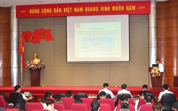 Hội nghị tập huấn, hướng dẫn đăng ký, kê khai, nộp thuế đối với cá nhân có hoạt động kinh doanh thương mại điện tử do Cục Thuế Hà Nội tổ chức.