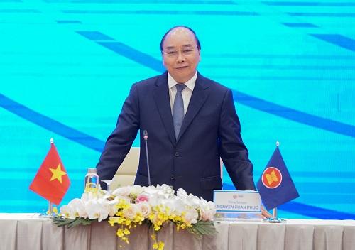 Thủ tướng Nguyễn Xuân Phúc chủ trì họp báo - Ảnh: VGP/Quang Hiếu