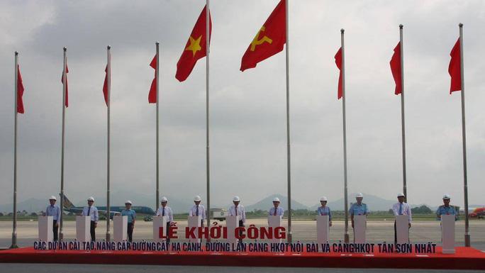 Lễ khởi công xây dựng các Dự án cải tạo, nâng cấp đường cất hạ cánh và đường lăn Cảng hàng không quốc tế Nội Bài và Cảng hàng không quốc tế Tân Sơn Nhất.
