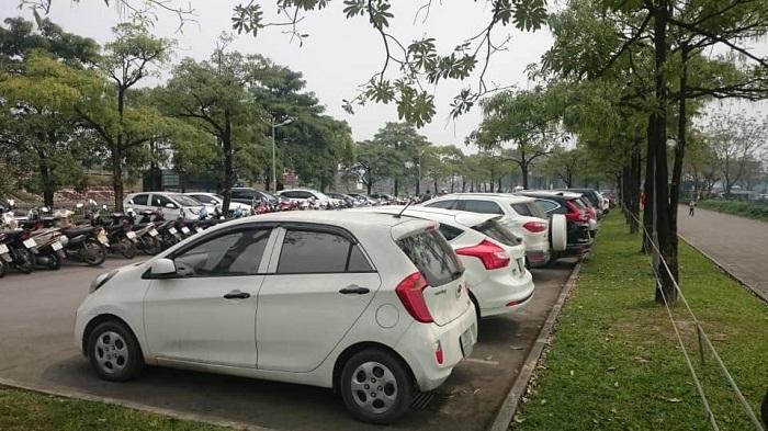 Ngân hàng TMCP Ngoại thương Việt Nam (Vietcombank) thông báo thanh lý 10 chiếc xe ô tô con với giá 60-70 triệu đồng/chiếc (Ảnh minh họa).