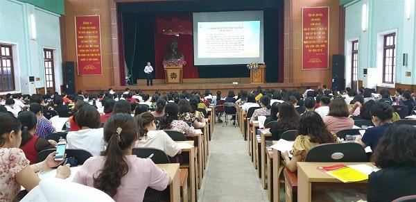 Quang cảnh buổi tập huấn tại Trường Chính trị Tô Hiệu