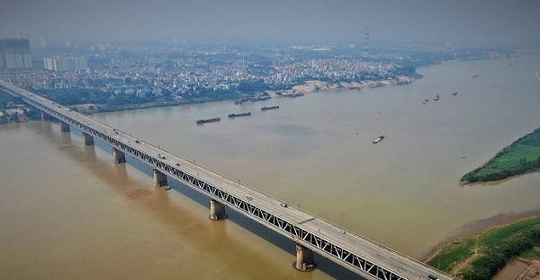 Cầu Thăng Long khánh thành vào năm 1985, tính đến nay vừa tròn 35 năm khai thác sử dụng