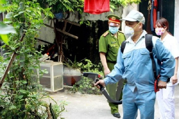 Ngành y tế triển khai giám sát chặt chẽ việc xử lý triệt để ổ dịch sốt xuất huyết tại địa phương