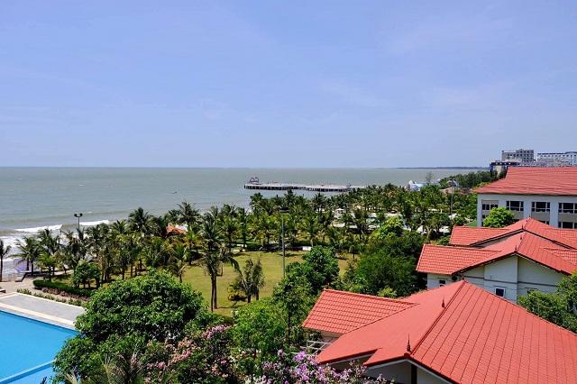 Hải Tiến Resort là một khu du lịch sinh thái biển mới, hấp dẫn nằm tại huyện Hoằng Hóa (Thanh Hóa)