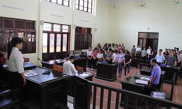 Xét xử vụ trục lợi quỹ BHYT ở tỉnh Hòa Bình