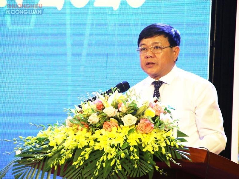 ông Đoàn Minh Thọ, Chủ tịch UBND Thị xã Ba Đồn phát biểu tại hội nghị