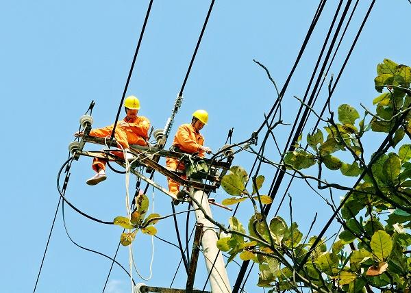 EVNNPC: Tiếp tục tăng cường các giải pháp đảm bảo cung ứng điện an toàn, ổn định