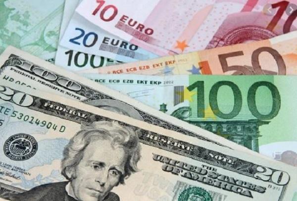 Đồng Euro, USD vẫn giảm