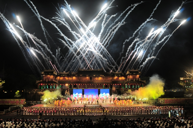 Khai mạc Festival