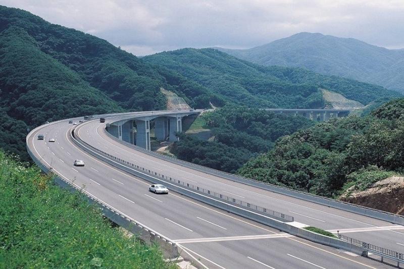 Phối cảnh cao tốc Vân Đồn - Móng Cái.
