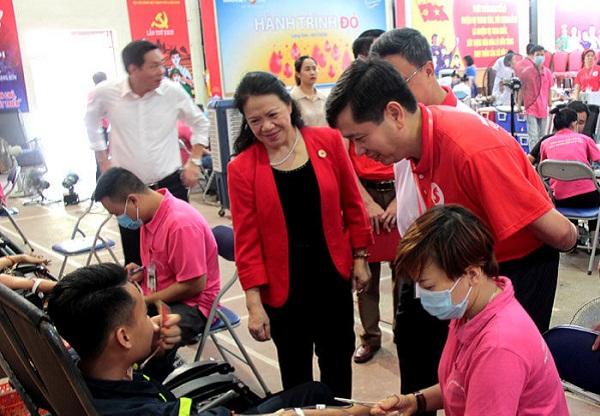 """Lạng Sơn: Tổ chức chương trình Hành trình đỏ """"Giọt hồng Xứ Lạng"""" năm 2020"""