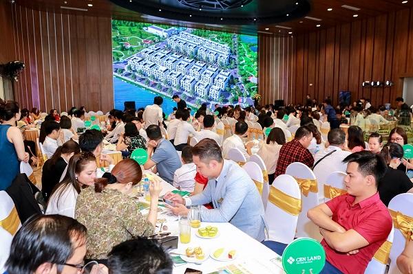 Hàng trăm khách hàng tới thăm quan và trải nghiệm nhà mẫu Imperia Smart City