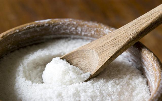 Bộ Y tế kêu gọi người dân giảm ăn muối để phòng, chống tăng huyết áp, bệnh tim mạch và các bệnh tật khác.