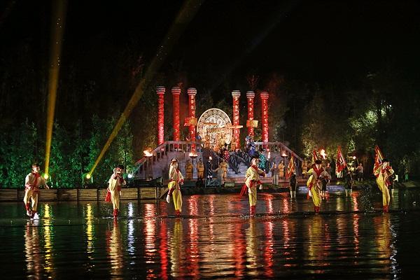 Show diễn cũng đã nhận được sự đánh giá rất cao của các chuyên gia về văn hóa trong và ngoài nước