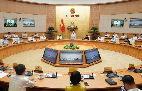 Quang cảnh  cuộc họp Thường trực Chính phủ về phòng chống dịch Covid-19