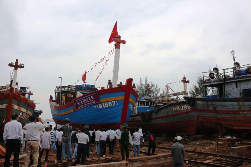 Chủ lực trong đầu tư phát triển kinh tế biển, Agribank đã tạo dựng niềm tin cho bà con ngư dân vào đồng vốn của Agribank, giúp họ yên tâm làm ăn phát triển ngành nghề và cải thiện, nâng cao đời sống