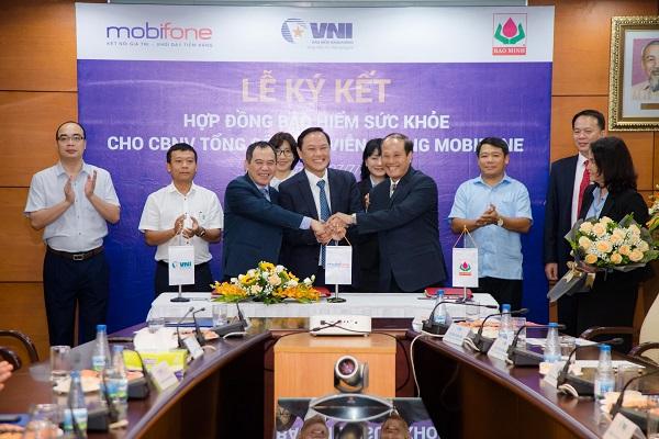 Lễ ký kết mở ra cơ hội hợp tác cho cả 03 bên trong các hoạt động phát triển kinh doanh