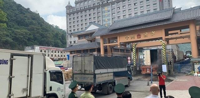 Nhiều hàng hóa bị ngưng trệ tại Trung Quốc