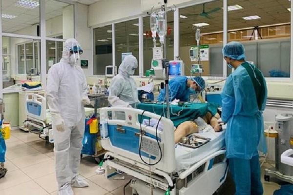 Sức khỏe hai ca mắc COVID-19 nặng phải thở máy ở Đà Nẵng