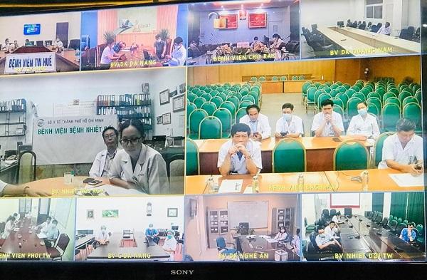 Các chuyên gia và các điểm cầu tham gia buổi hội chẩn quốc gia lần 4