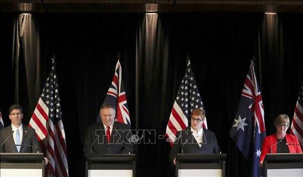Từ trái qua: Bộ trưởng Quốc phòng Mỹ Mark Esper, Ngoại trưởng Mỹ Mike Pompeo, Bộ trưởng Quốc phòng Australia Rey Reynolds và Ngoại trưởng Australia Marise Payne (Ảnh tư liệu: AFP/TTXVN)