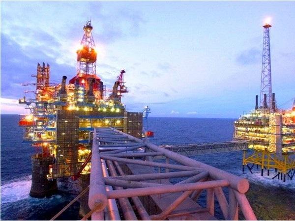 Giá xăng dầu ngày 31/7, dầu giảm trở lại