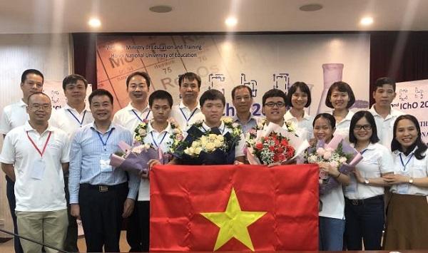 Cả 4/4 thí sinh Việt Nam tham dự kỳ thi Olympic Hoá học quốc tế năm 2020 đều đoạt Huy chương Vàng