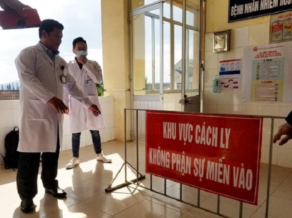 Sở Y tế cũng chỉ đạo CDC Lâm Đồng đến Công ty Hokkaido lấy mẫu xét nghiệm COVID-19 cho đội ngũ công nhân, nhân viên.