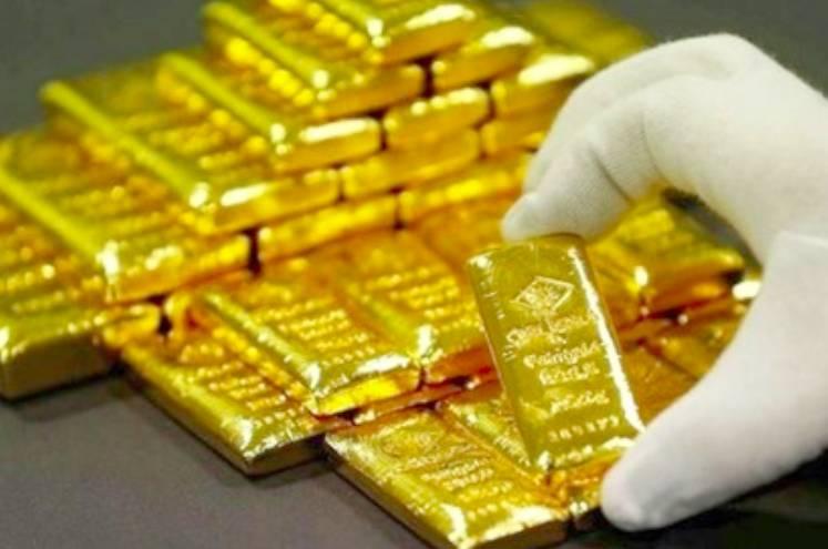 Trong một tháng, giá vàng đã tăng từ 7,6 đến hơn 8 triệu đồng/lượng