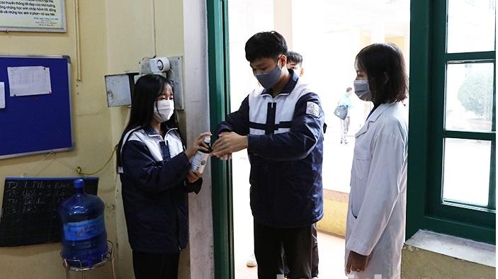 Học sinh phải thực hiện các biện pháp phòng, chống dịch tại điểm thi (Ảnh: bacninh.gov.vn)
