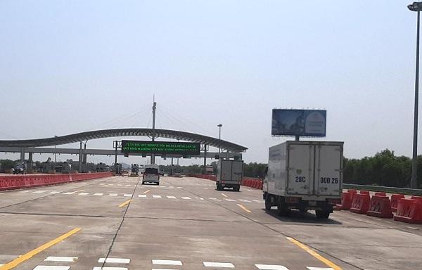Trạm thu phí trên tuyến cao tốc Hà Nội - Hải Phòng (Ảnh: Việt Hùng/Vietnam+)