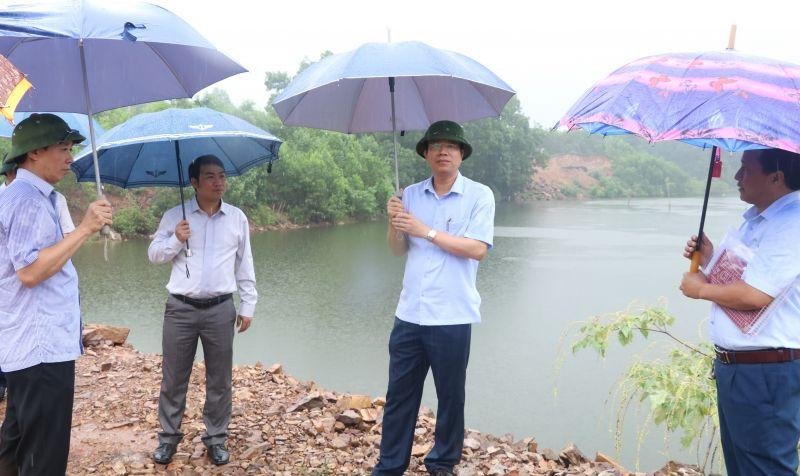 Đoàn công tác kiểm tra thực tế tại hồ Ghềnh Chè