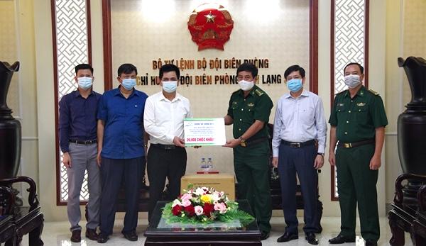 Bồ đội Biên phòng Lạng Sơn: Tiếp nhận 20.000 chiếc khẩu trang y tế phòng chống dịch Covid-19