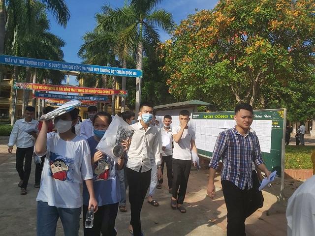 Đã có hai thí sinh bị đình chỉ trong ngày thi đầu tiên kỳ thi THPT 2020 tại Thanh Hóa