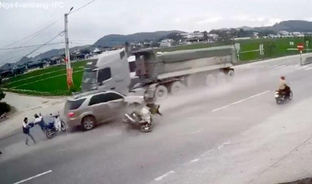 5 điểm đen thường xuyên xẩy ra tai nạn giao thông trên các tuyến quốc lộ thuộc tỉnh Nghệ An sẽ được khắc phục, xử lý