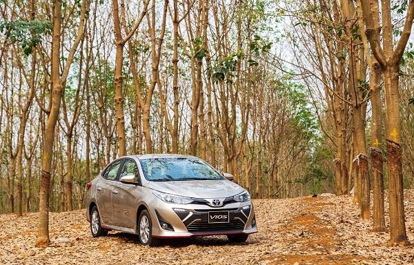 Toyota Vios trở lại vị trí đầu bảng xếp hạng doanh số xe bán chạy tháng Bảy với 2811 chiếc bán ra (Ảnh nguồn: TMV)