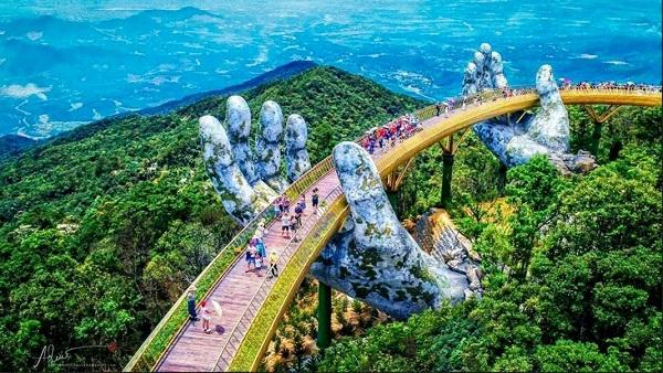 Đà Nẵng: Tạm dừng tổ chức, đón phục vụ khách du lịch từ ngày 12/8