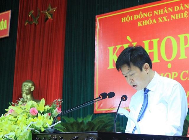 ông Lê Hồng Quang – Thường vụ Huyện ủy, Phó Chủ tịch UBND huyện phát biểu nhận nhiệm vụ