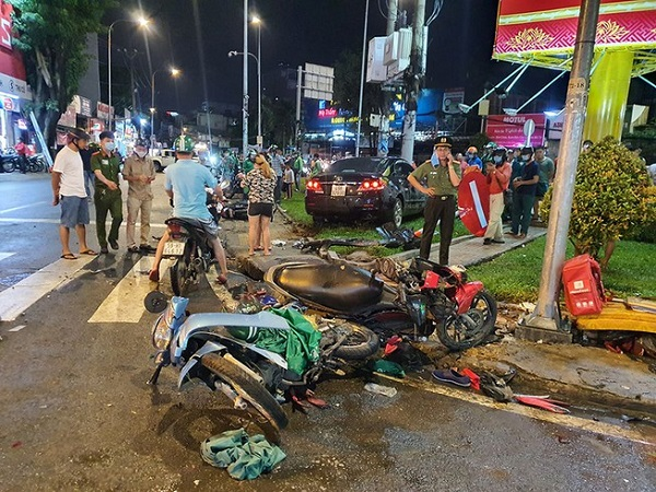 Hiện trường vụ tai nạn giao thông