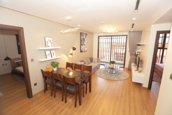 Không gian phòng khách hiện đại của căn hộ mẫu 3 phòng ngủ