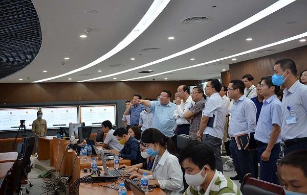 Bộ trưởng, Chủ nhiệm VPCP Mai Tiến Dũng kiểm tra tiến độ xây dựng Trung tâm Thông tin, chỉ đạo, điều hành của Chính phủ, Thủ tướng Chính phủ.