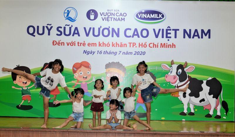 Tháng 04/2020, Quỹ sữa Vươn cao Việt Nam năm 2020 với sự đồng hà