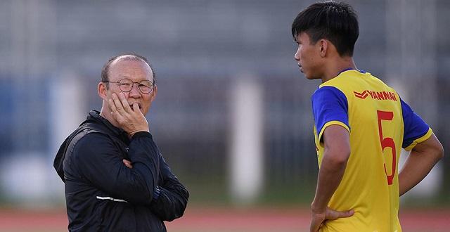 Thầy Park gạt Văn Hậu trong đội hình U22 Việt Nam vì quá quan trọng