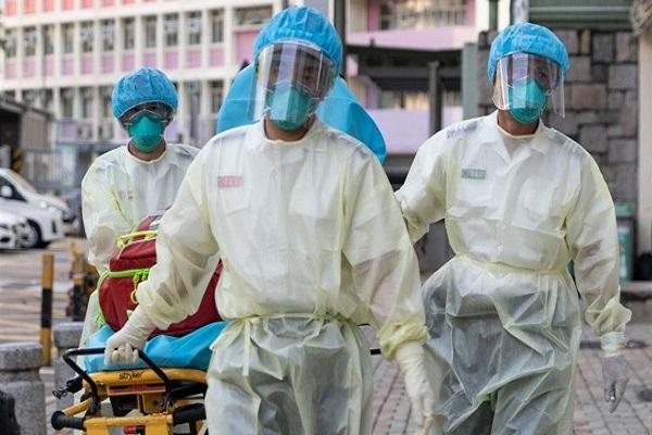 Các nhân viên y tế ở Hong Kong.