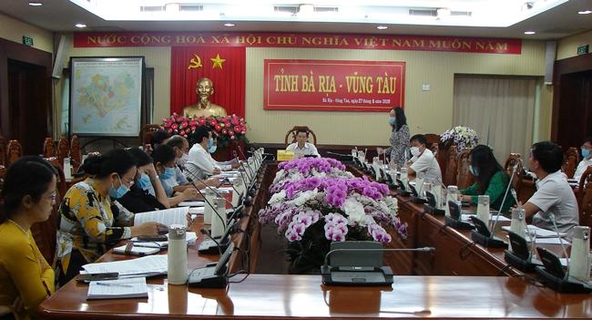 Ông Trần Văn Tuấn (PCT.UBND tỉnh BR-VT) làm việc với Sở GD-ĐT và các địa phương về công tác chuẩn bị năm học mới