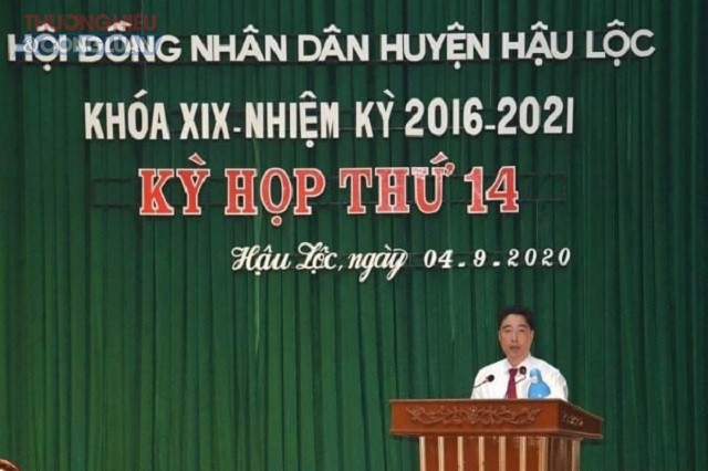 Đồng chí Nguyễn Minh Hoàng- Chủ tịch UBND huyện Hậu Lộc phát biểu khi nhận nhiệm vụ