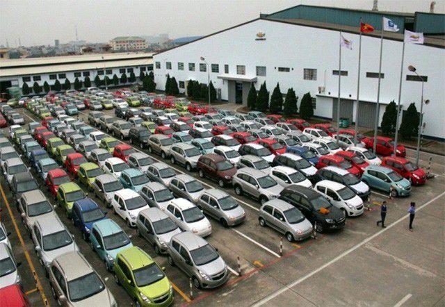 Số lượng ô tô nhập khẩu trong tháng 8 tăng 68% so với tháng 7