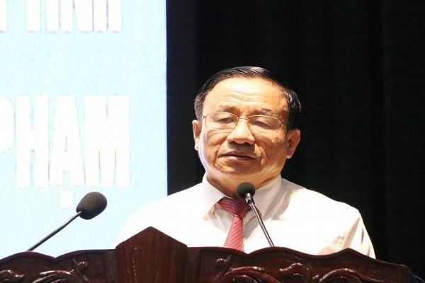 Ông Lê Đình Sơn, UVBCH TƯ Đảng, Bí thư Tỉnh ủy, Chủ tịch HĐND tỉnh ghi nhận, biểu dương thành tích của lực lượng Công an tỉnh Hà Tĩnh