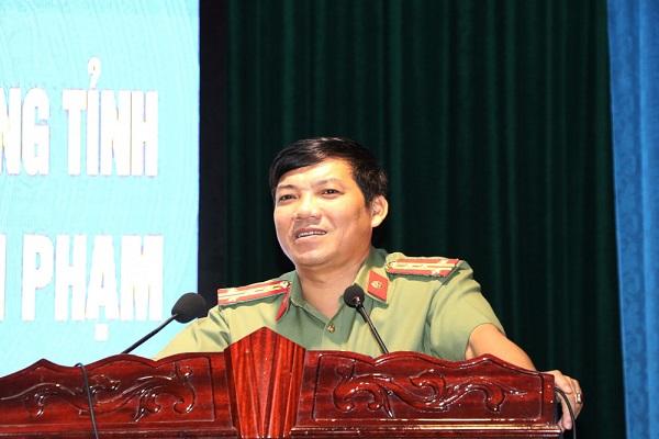 Đại tá Lê Khắc Thuyết, Ủy viên BTV Tỉnh ủy, Giám đốc Công an tỉnh phát biểu tại buổi lễ